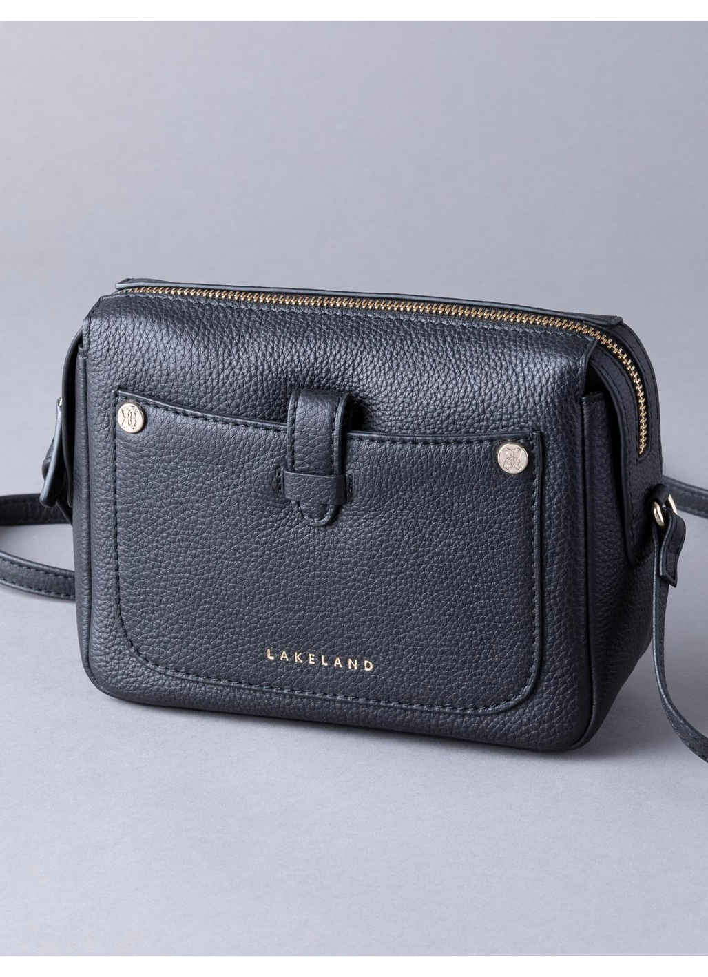 Fairfield Leather Cross Body Bag in Black