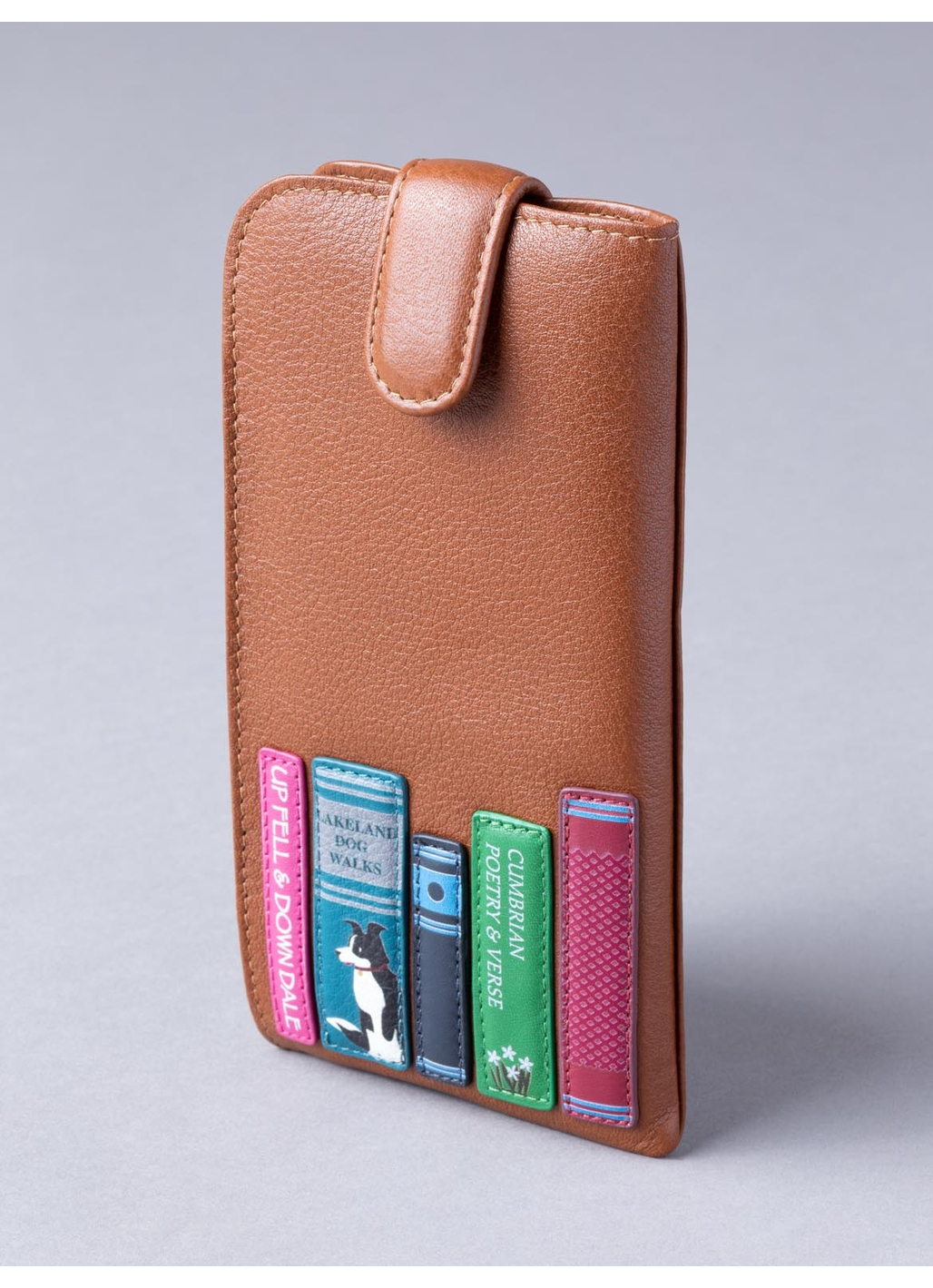 The Lakes Book Leather Glasses Case in Tan
