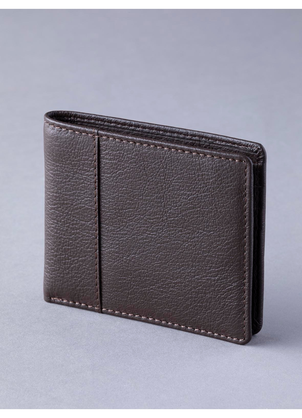 Scarsdale Leather Wallet in Brown