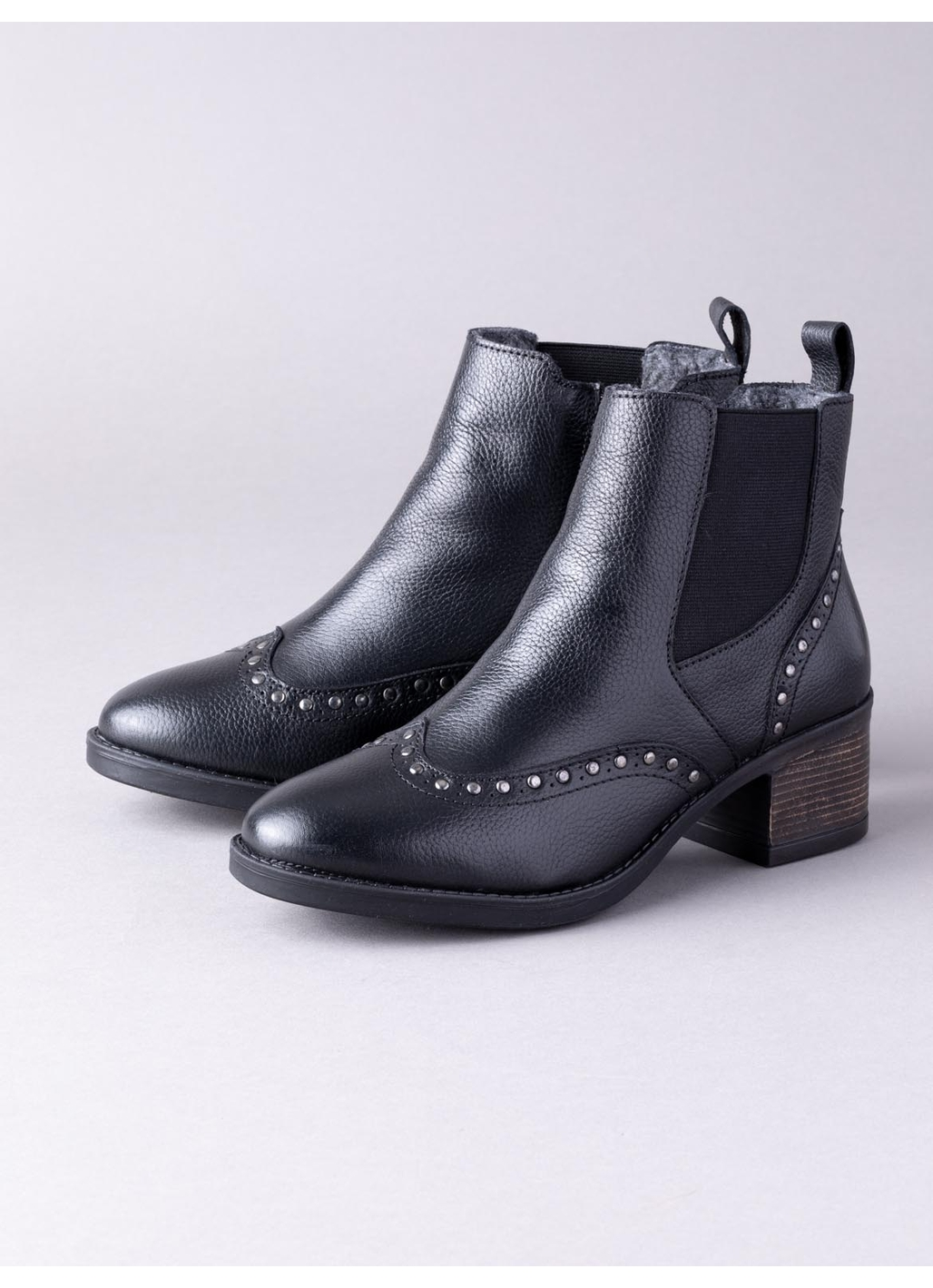 Lotus Lucinda Leather Chelsea Boots in Black