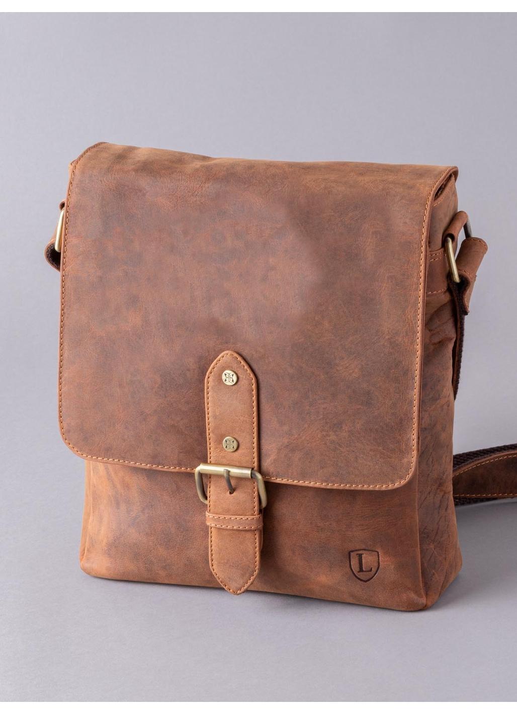 Hunter Leather Messenger Bag in Tan