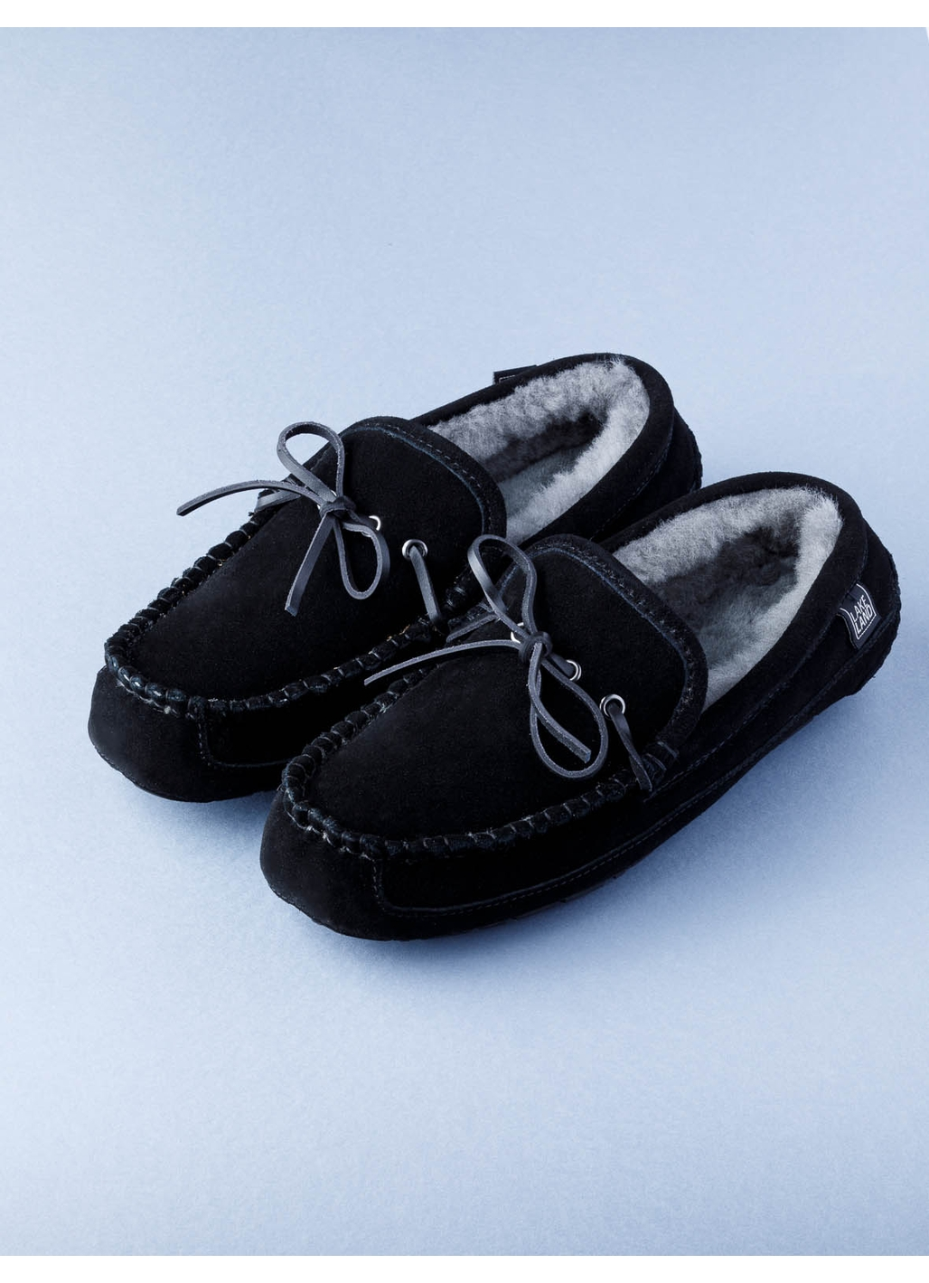 Men's Sheepskin Moccasin Slippers in Black
