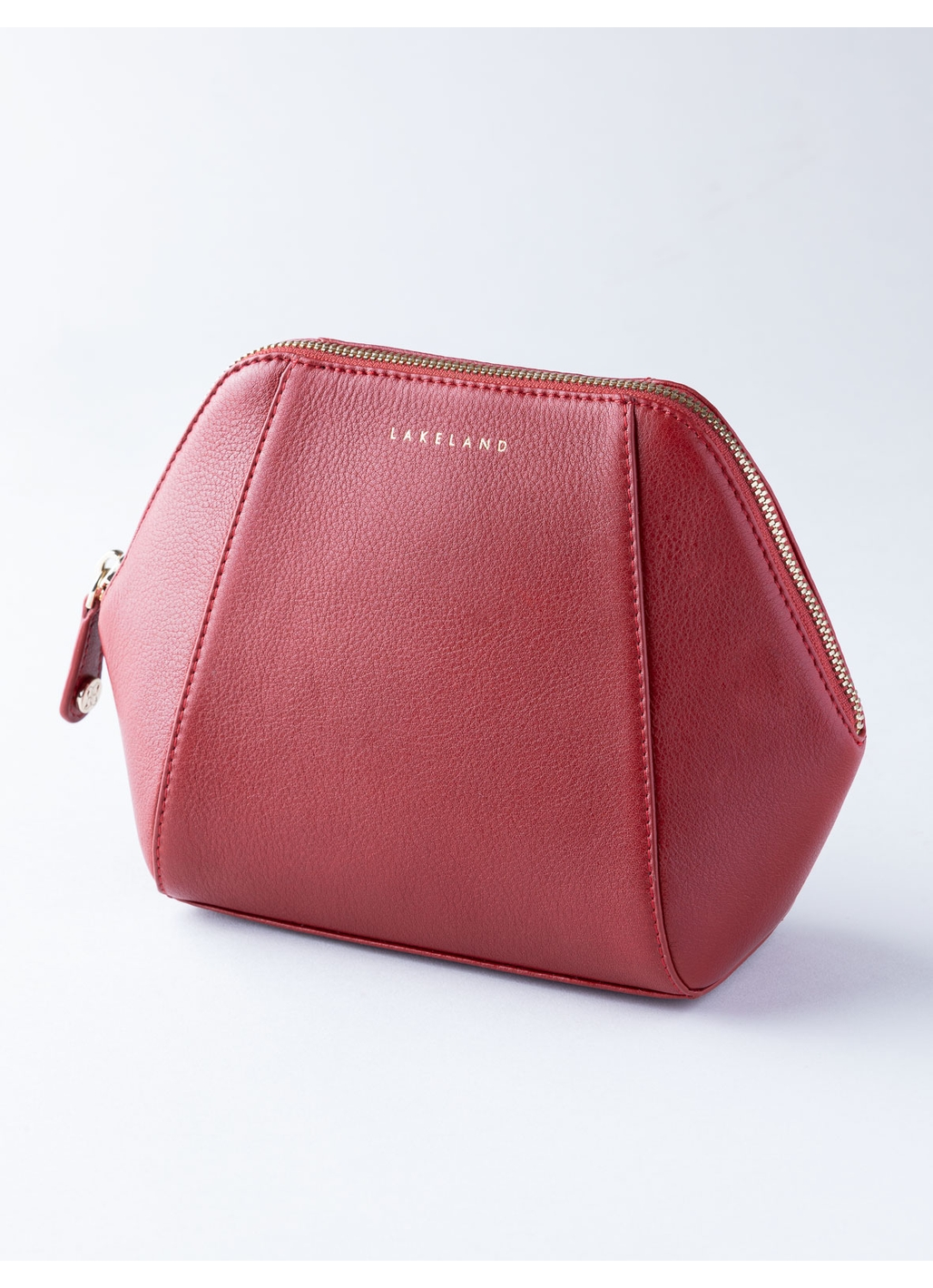 Wray Leather Cosmetic Bag in Red