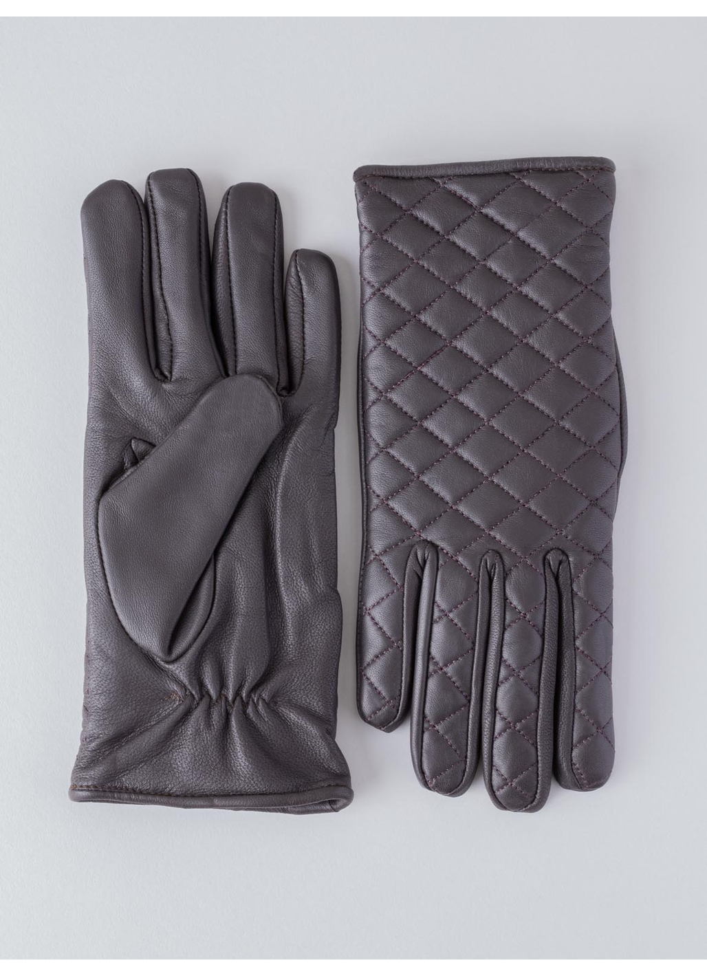 Laura Quilted Leather Gloves in Brown