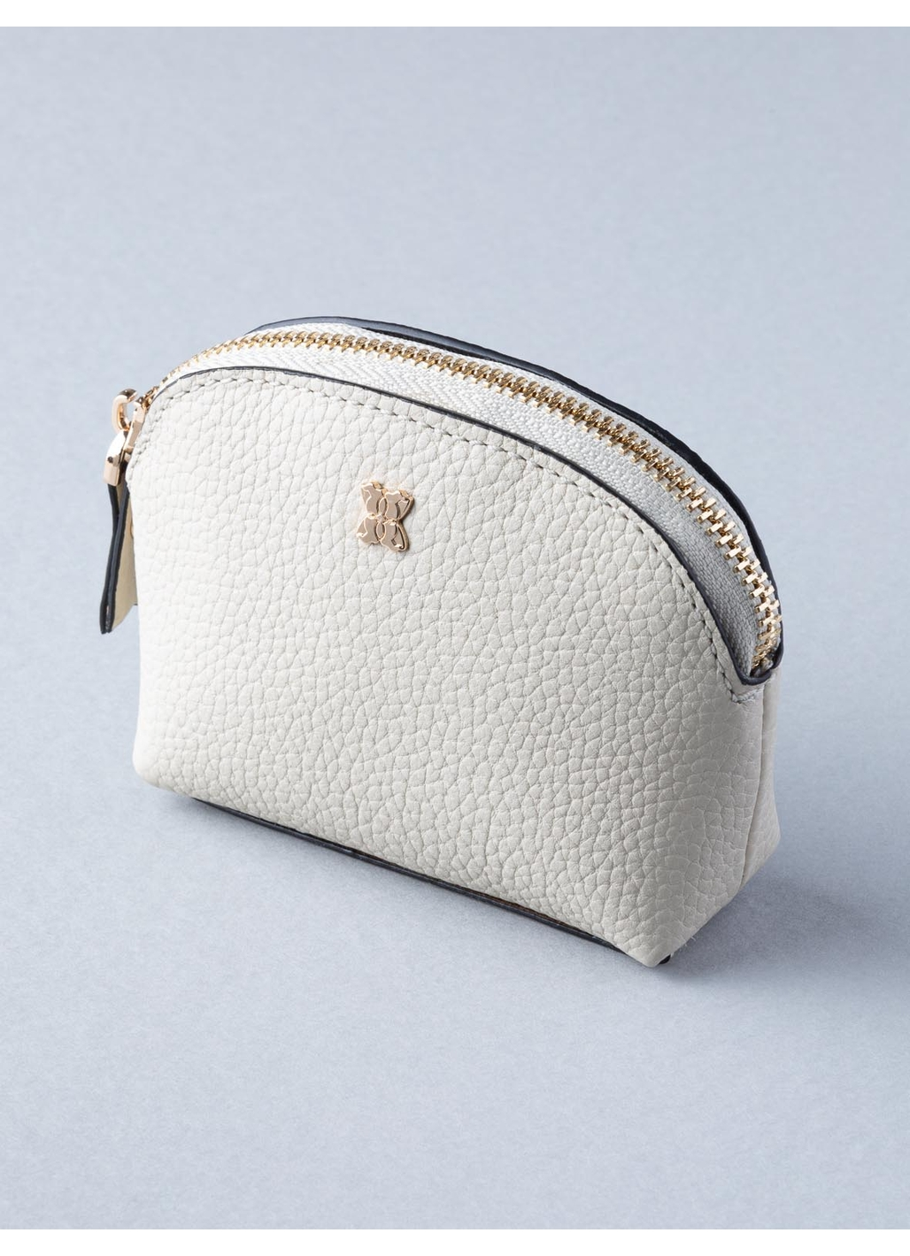 Small Contrast Leather Cosmetic Case in Cream