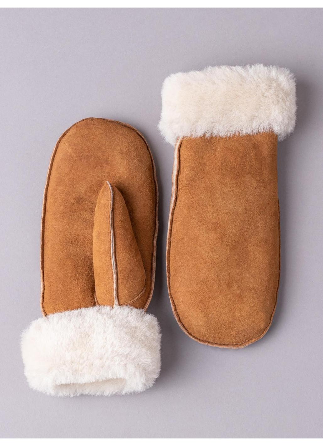 Ladies' Classic Sheepskin Mittens in Tan
