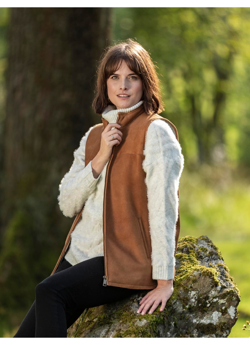 Greendale Sheepskin Gilet in Tan