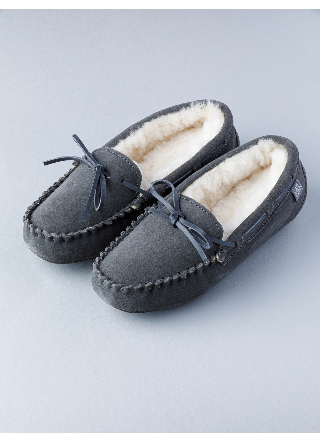 Ladies Sheepskin Moccasins in Dark Grey