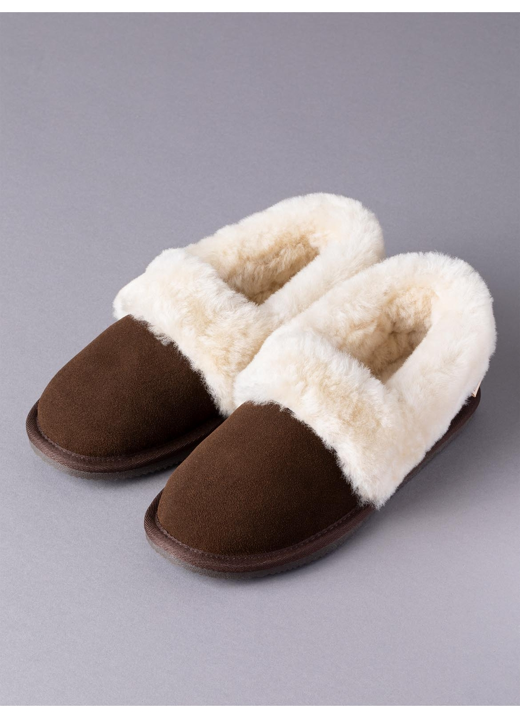 Ladies' Sheepskin Cuff Slippers in Brown
