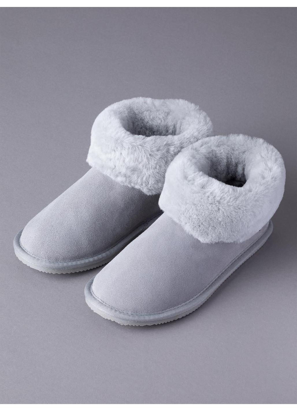 Ladies' Sheepskin Bootie Slippers in Light Grey