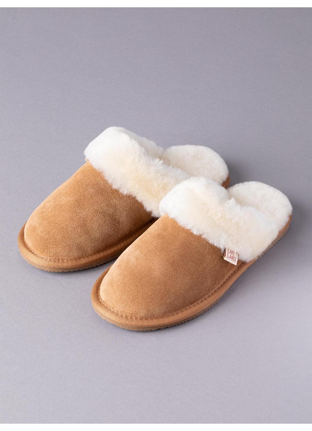 Ladies' Sheepskin Slider Slippers in Tan