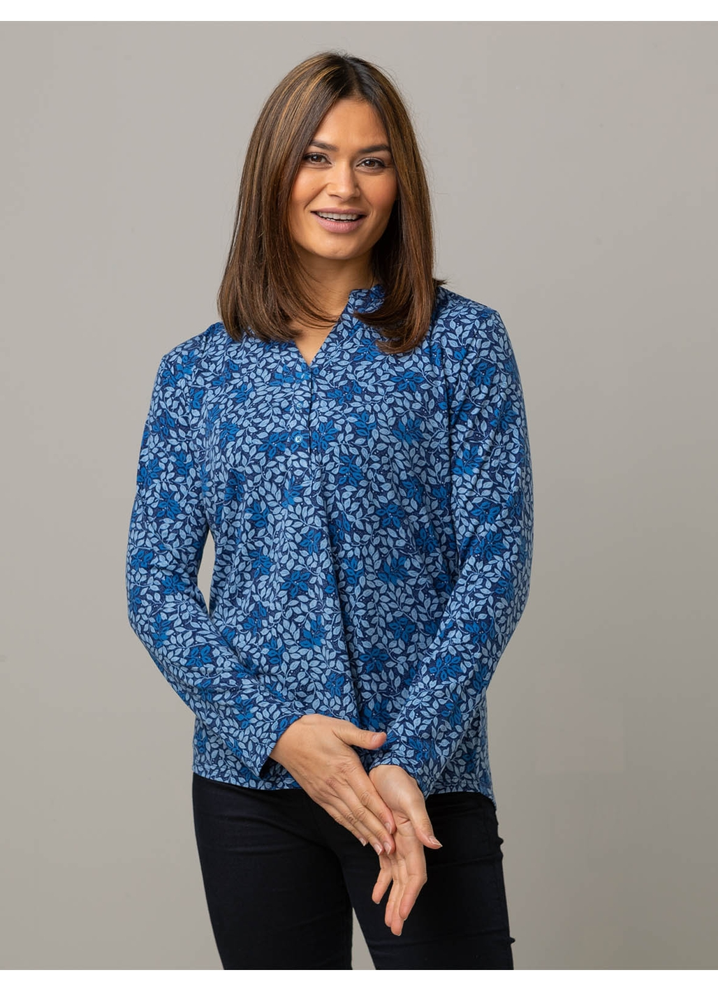 Celia Long Sleeve Jersey Top in Leaf Print